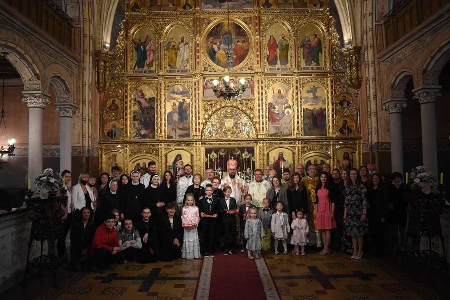 Blagdan Presvete Euharistije i sakrament Prve svete pričesti u katedrali Presvete Trojice u Križevcima