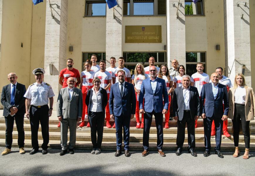 Ministar Banožić primio vrhunske sportaše, pričuvnike HV-a, uoči odlaska na OI