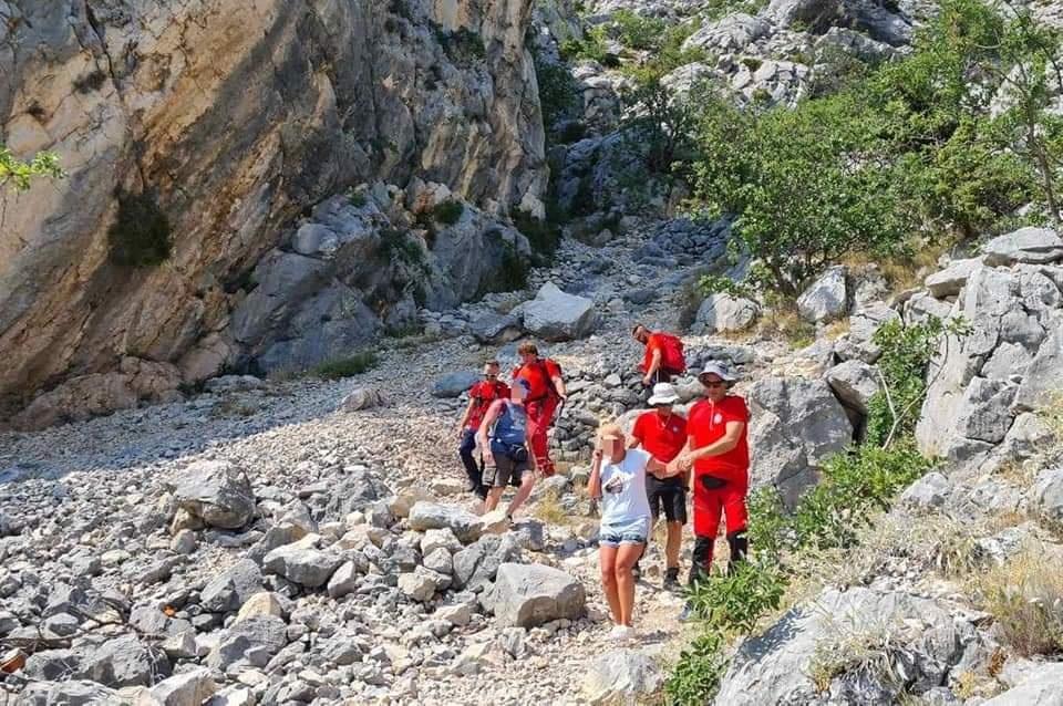 HGSS-ovci spasili ženu na Biokovu: Pogledajte u čemu se uputila na planinu