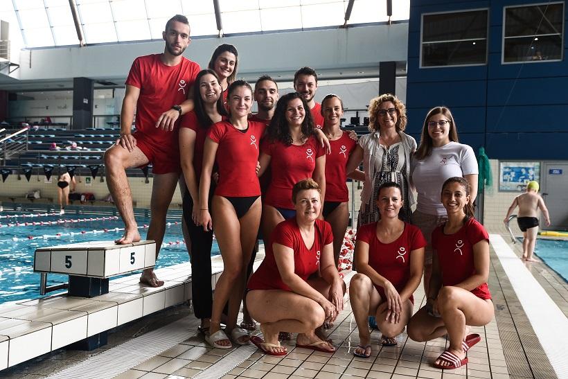 Zagreb: Djeca iz Jastrebarskog u školi plivanja na bazenu Utrine