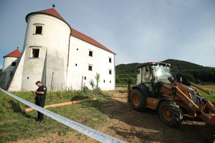 UŽAS KOD NOVOG MAROFA U obnovi dvorca Bela jedna osoba poginula, jedna zatrpana