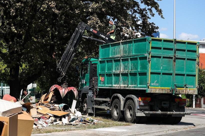 Čistoća: Prazne se reciklažna dvorišta i odvozi glomazni otpad s ulica