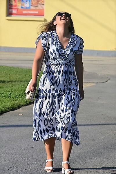 Odlično raspoložena mlada načelnica zasjala u lijepoj haljini