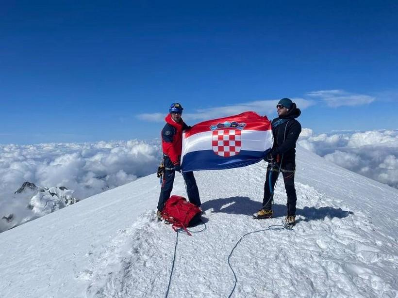 🖼️|🎦 Križevčanin Tomislav Leskovar nakon uspona na Mont Blanc: 'Došli smo na vrh sa knedlom u grlu i suzom u oku'