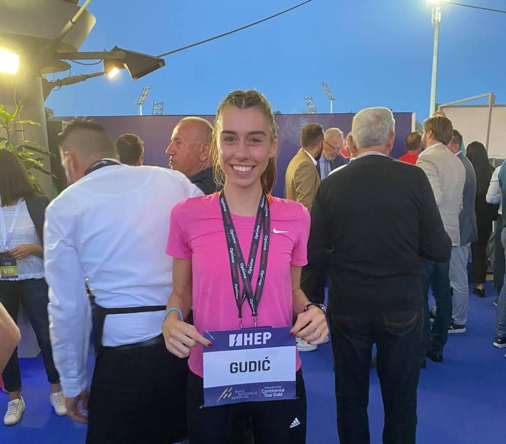 ATLETIKA – MEĐUNARODNI ATLETSKI MITING U ZAGREBU Fantastična Marcela Gudić na 800 metara s novim osobnim rekordom i istrčanom normom za svjetsko juniorsko prvenstvo u Kolumbiji