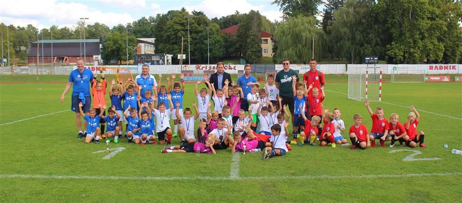 SPRAVIŠČE Na gradskom stadionu održan prvi dan nogometnog spravišča: Najbolja ekipa je M-M, Rajn najbolji strijelac, Bančak vratar, a Tupek igrač turnira