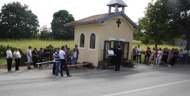 Mještani Vrbovečkog Pavlovca svetom misom obilježili pola stoljeća svoje kapelice