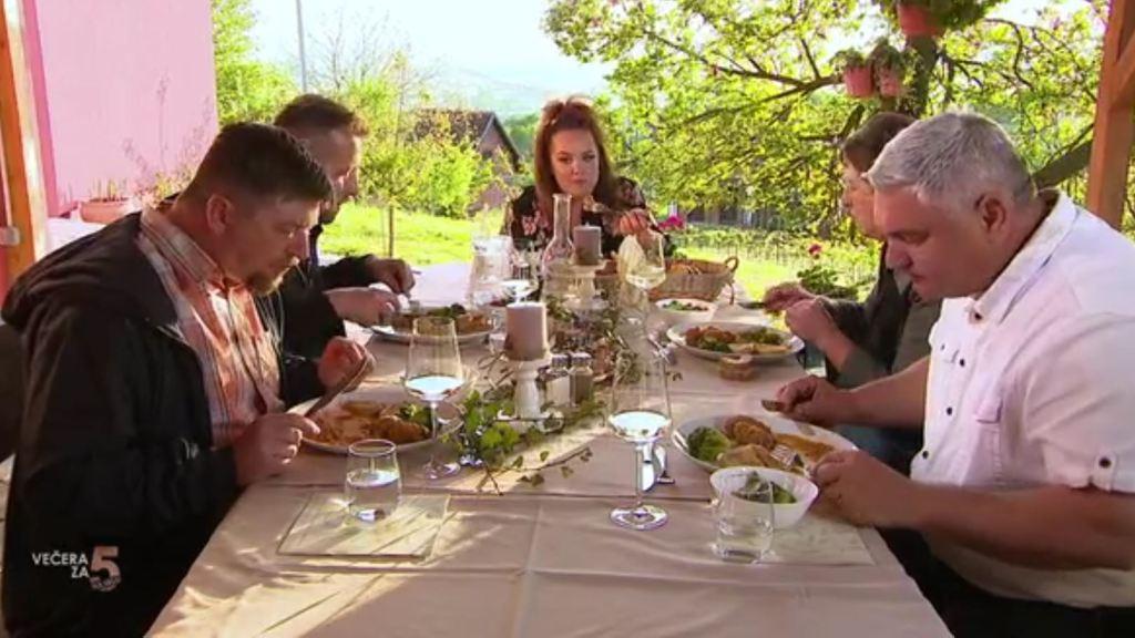 Iva oduševila svojom večerom: Od jela do atmosfere sve je bilo odlično