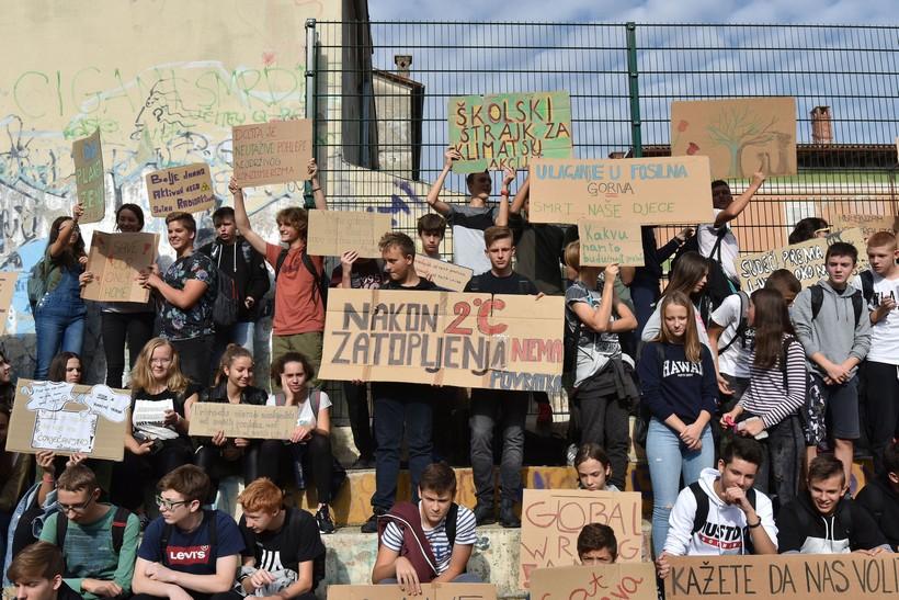 Pokret mladih za očuvanje okoliša poziva na globalni klimatski štrajk