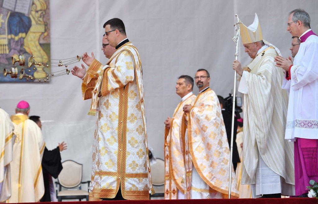 Križevački vladika Milan Stipić predstavljat će HBK na Božanskoj liturgiji koju će papa Franjo služiti u Slovačkoj
