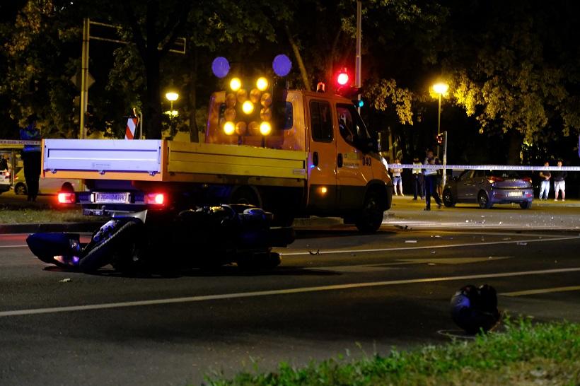 STRAŠNA TRAGEDIJA U prometnoj nesreći poginuo vozač motocikla
