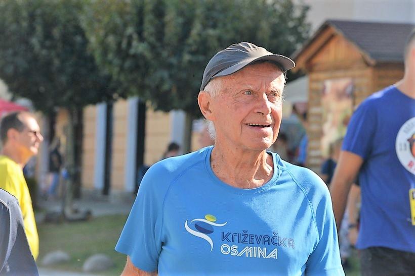 Legendarni Zvonko Stipić (85): Ugrizla me pčela, upravo sam došao s Hitne, ali moram ovo istrčati