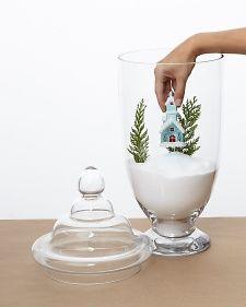 Dekorace ve skleněné nádobě