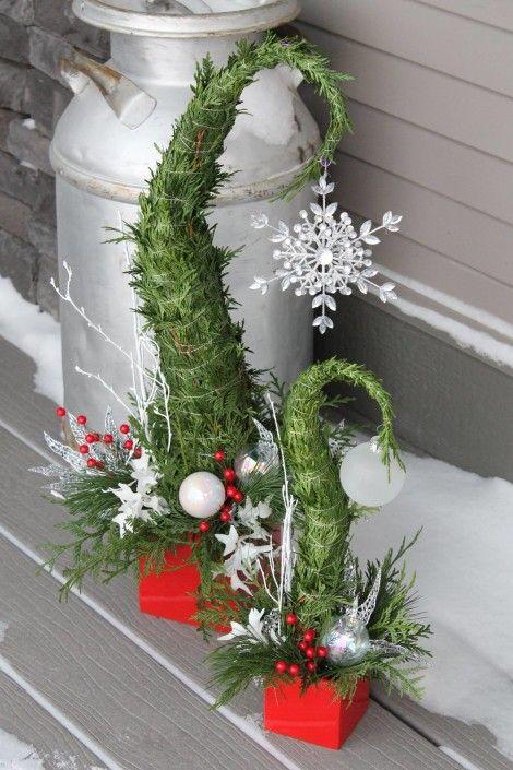 Zimní stromeček z větviček.