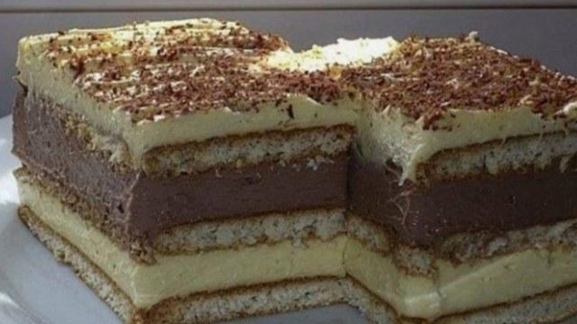 Nepečená buchta s vanilkovým a čokoládovým krémem