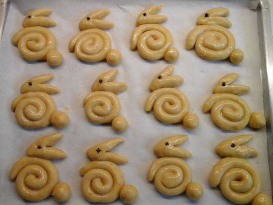 Inspirace na velikonoční pečivo z univerzálního těsta