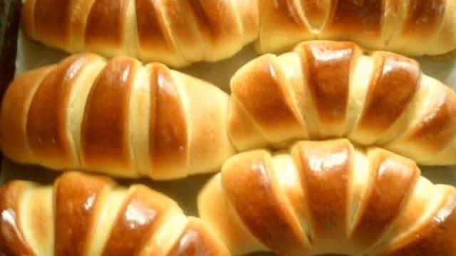 Domácí croissanty s nutellou či marmeládou