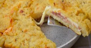 Bramborová placka se sýrem a šunkou