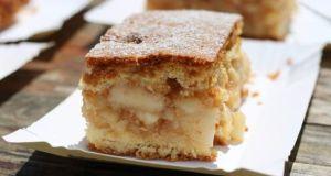 Recept na jablečný koláč se smetanou