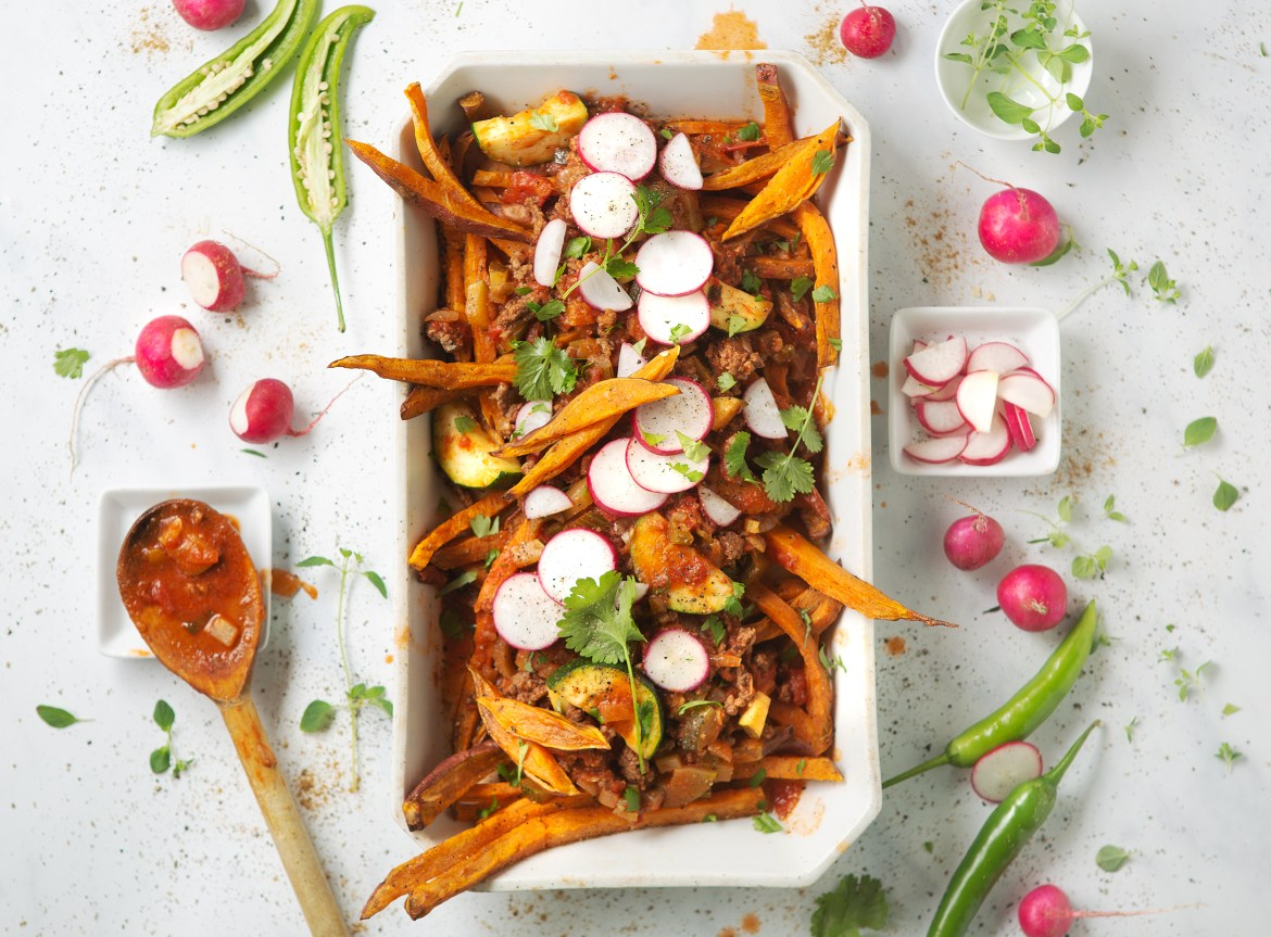 Bison Chili Topped Sweet Potato Fries - Paleo Stockholm