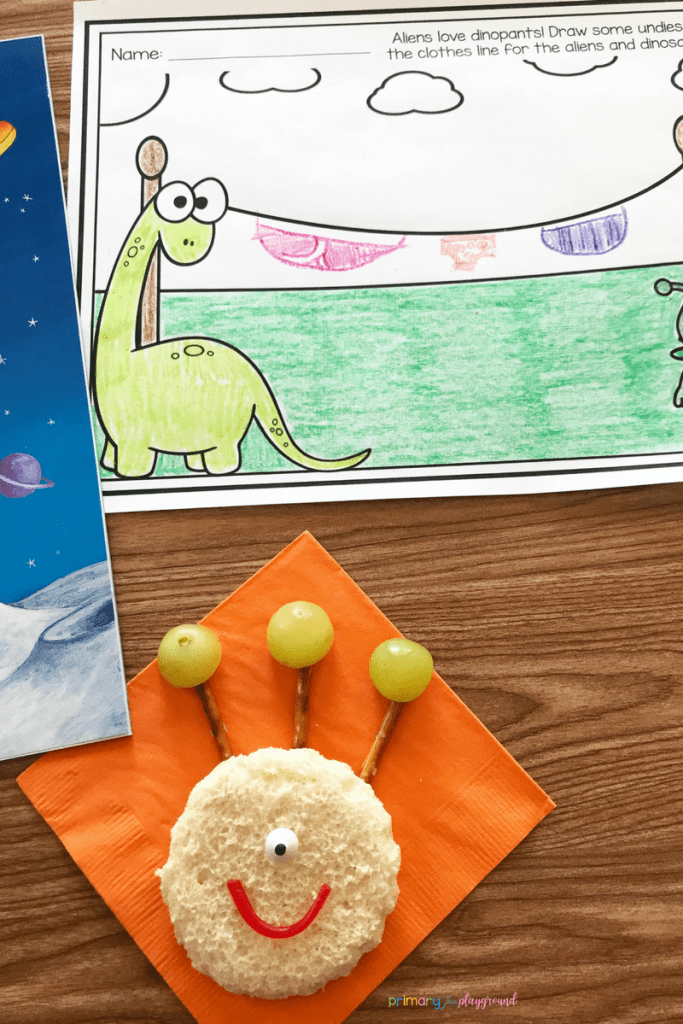 Literacy Snack Idea Aliens + Free Printable