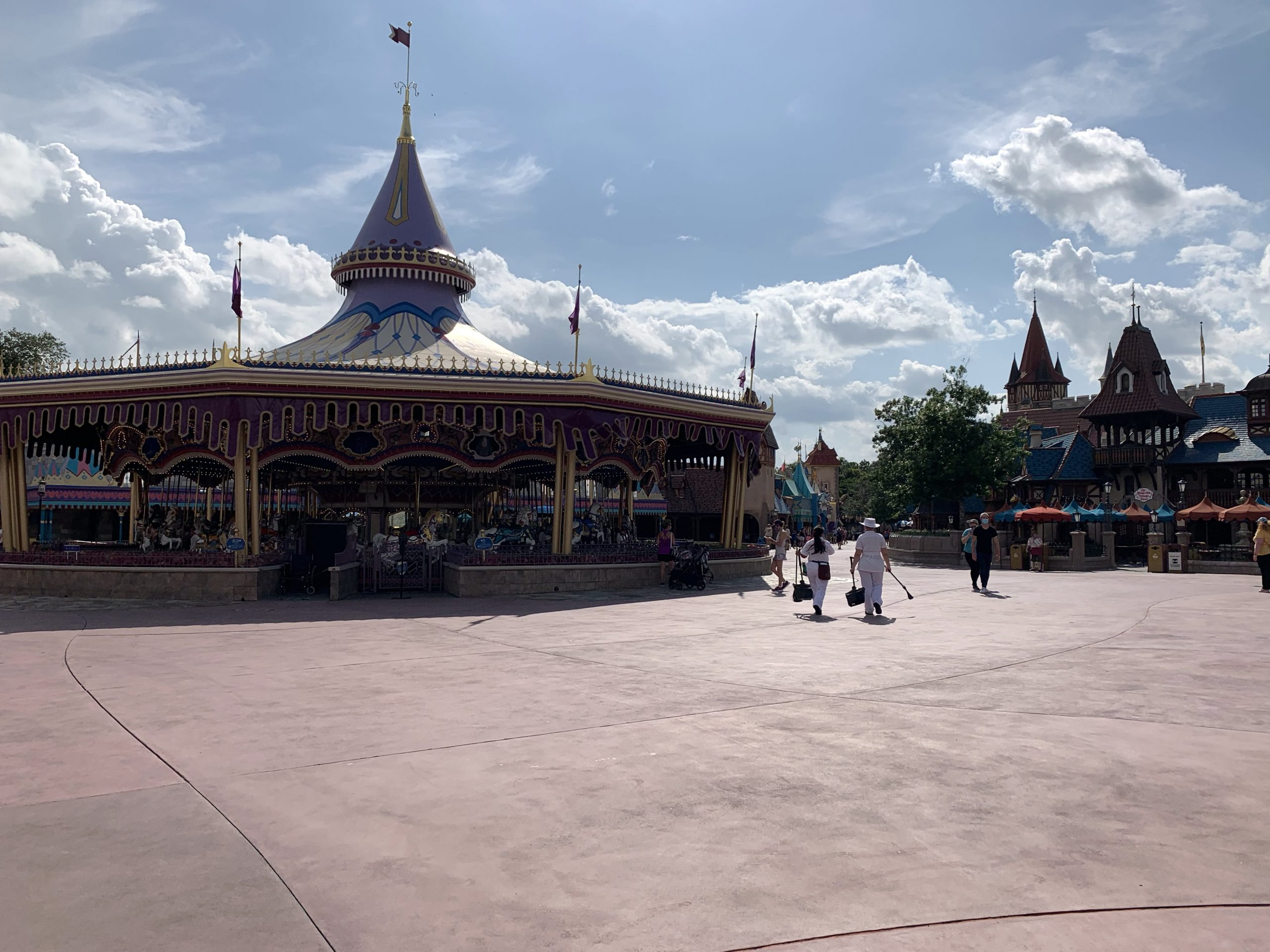 Sparse crowd at reopened Walt Disney World Orlando