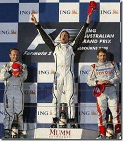 Button e Barrichello mostram o poder da Brown GP, fiacando nos primeiros lugares