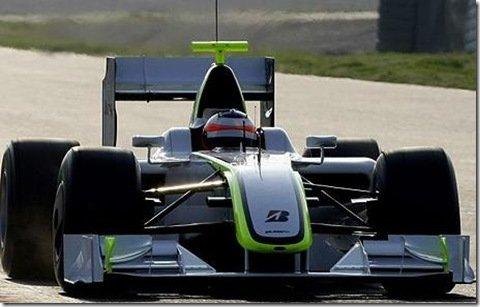 Brawn GP estréia na F1 com dobradinha e pole position