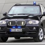 BMW X5 com blindagem anti AK-47