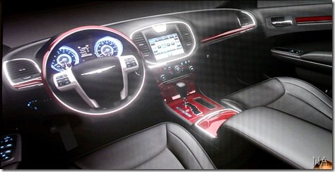 Chrysler revela interior do novo 300C