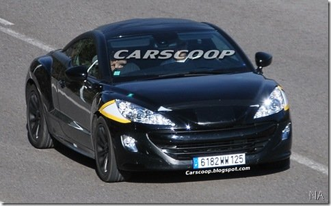 Peugeot 308 RC Z de produção é flagrado em testes