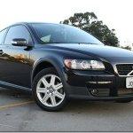 Volvo lança C30 2.0 com câmbio automático