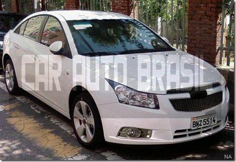 [Atualizado] Chevrolet Cruze flagrado no Brasil