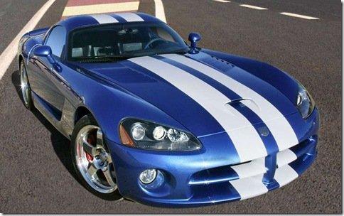 Dodge Viper poderá usar motor Ferrari