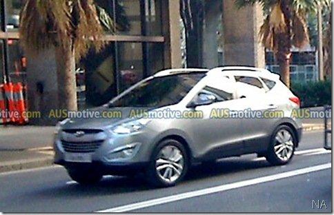 Hyundai ix35 aparece sem disfarces
