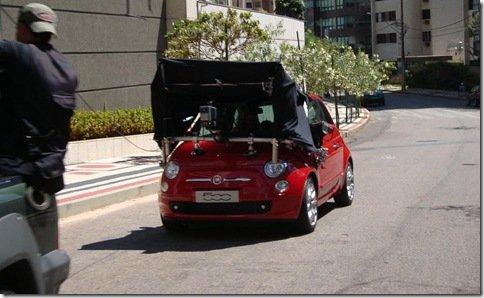 Fiat 500 é flagrado no Brasil em gravação de comercial