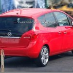 Nova Opel Meriva é flagrada sem disfarces