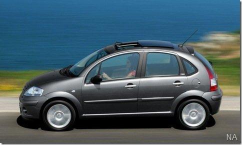 Citroën C3 pode ganhar versão com teto solar elétrico