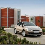 Novas imagens do Renault Fluence são reveladas