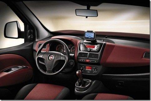 Fiat revela o interio da nova Doblò européia