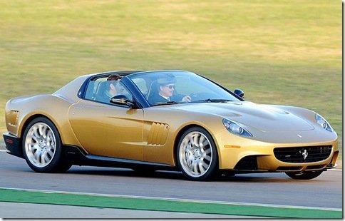 Ferrari revela modelo único feito por encomenda