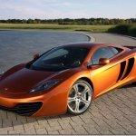 McLaren revela o MP4-12C, sucessor do McLaren F1