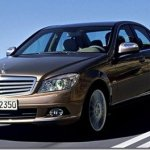 Mercedes-Benz C180 Kompressor chega por R$ 119.900