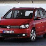 Volkswagen Touran 2010 é revelada