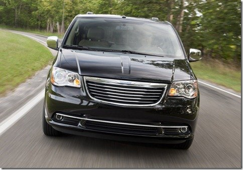 Chrysler mostra Town & Country 2011 reestilizada