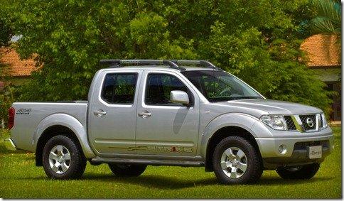 Nissan Livina e Frontier ganham séries especiais