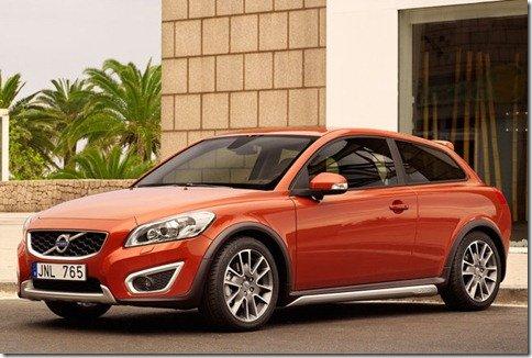 Volvo quer C30 4 portas para aumentar suas vendas