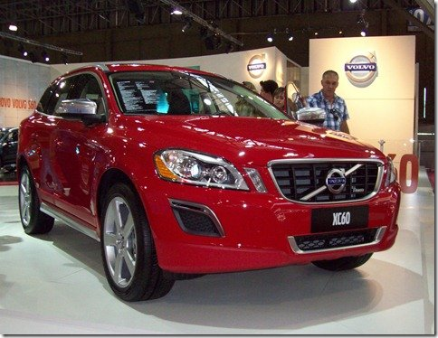 Volvo apresenta S60 no Salão do Automóvel