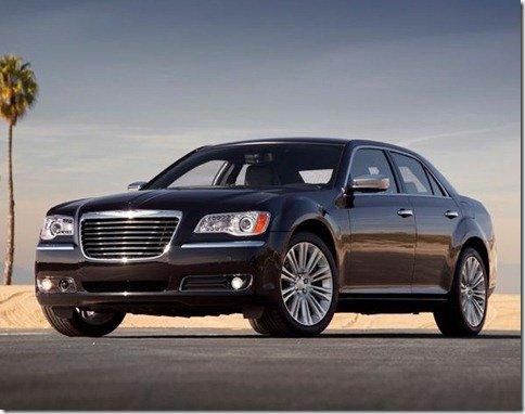 Chrysler 300 2011 é revelado