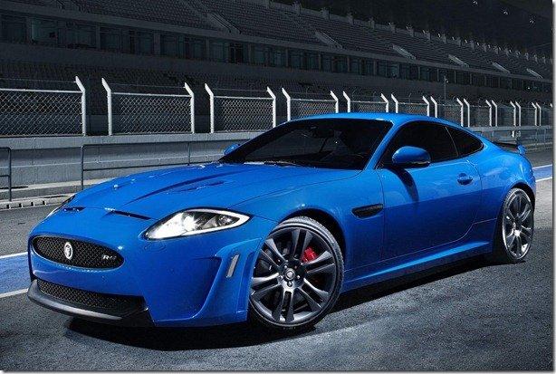 Jaguar lança XKR-S de 550cv é o carro mais potente da história da Jaguar